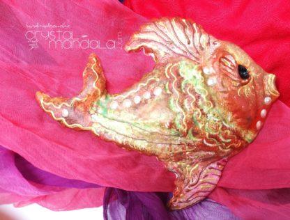 Pesce dipinto a mano, ippocampo realizzato a mano - Crystal-mandala. Pesci scolpiti a mano. Decorazioni in resina, sculture fatte a mano. Dipinte a mano.