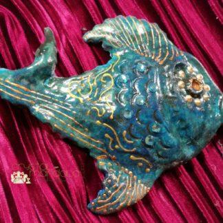 Pesce dipinto a mano, ippocampo realizzato a mano - Crystal-mandala. Pesci scolpiti a mano. Decorazioni in resina, sculture fatte a mano. Dipinte a mano. Clay fish, handmade fish. #Ceramicfish #fishsculpture #clayfish #crystalmandalafish #handmadefish